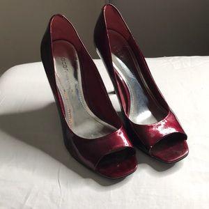 BCBG woman's heels